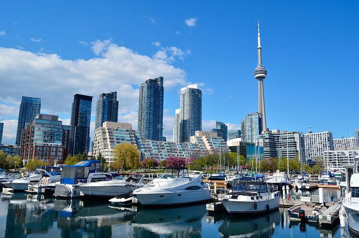 Vaccine Day world record in Toronto: What you can now do after vaccination