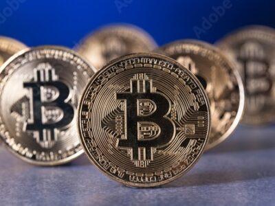 China's bans Bitcoin and all Cryptos immediately